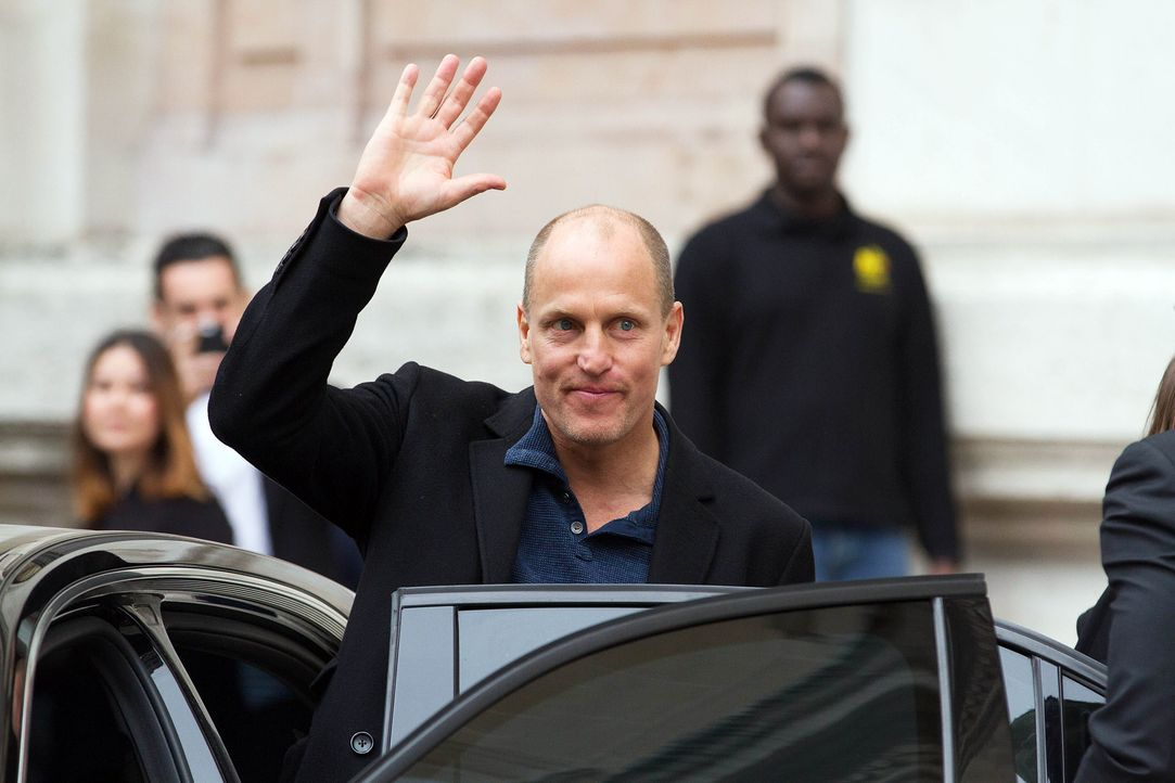 Paris-Fashion-Week-Woody-Harrelson-150309-SIPA-WENN-com - Bildquelle: SIPA/WENN.com