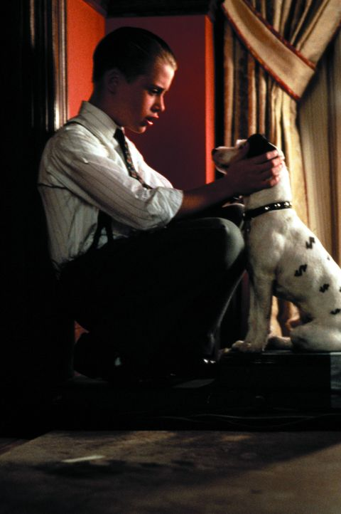 Sein einziger Freund ist ein Hund: der reiche Junge Richie Rich (Macaulay Culkin) ... - Bildquelle: 1994 Warner Bros.