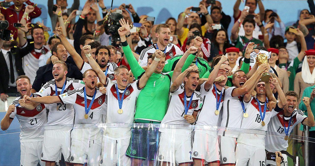 Deutschland-ist-Weltmeister-14-07-13-dpa - Bildquelle: dpa