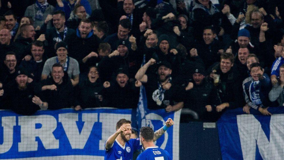 Schalke auf Kurs BVB Serie reißt