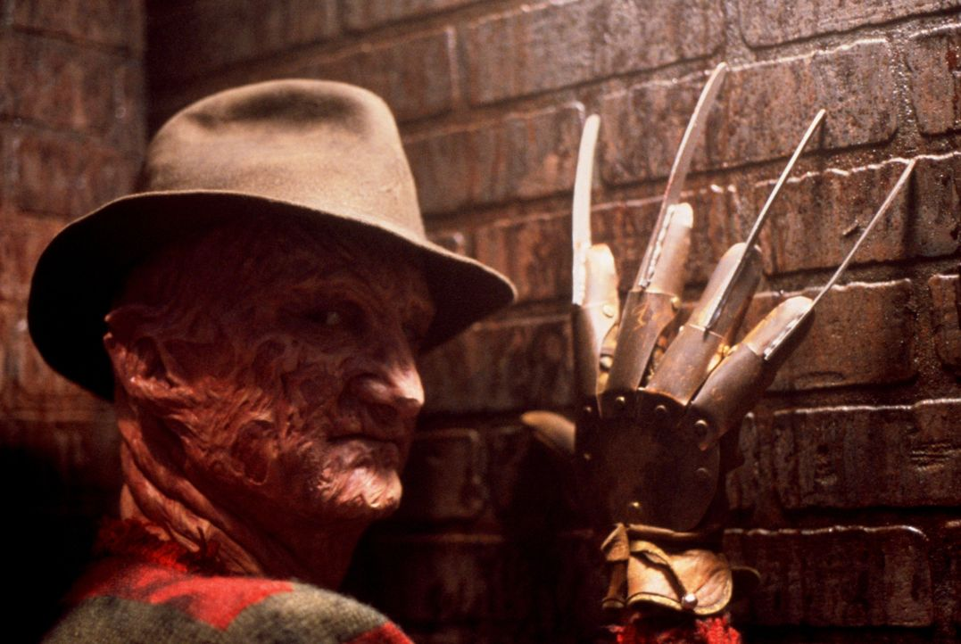 Freddy Krueger (Robert Englund) - Bildquelle: 1987 New Line Productions, Inc. A NIGHTMARE ON ELM STREET 3 - DREAM WARRIORS and all related characters and elements are trademarks.