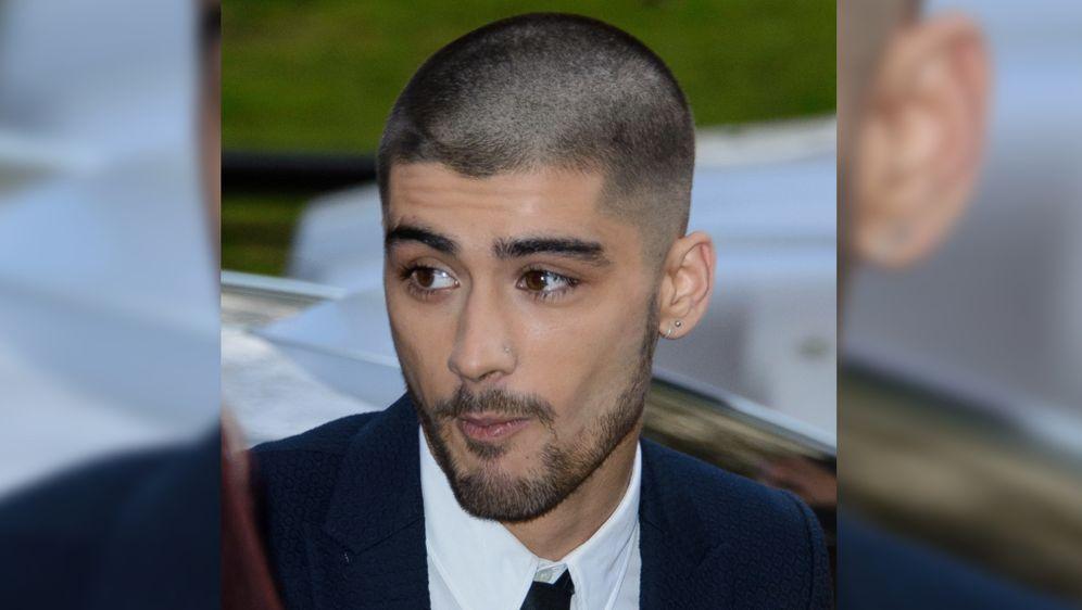One Direction Star Zayn Malik Neue Frisur Als Reinigungsritual