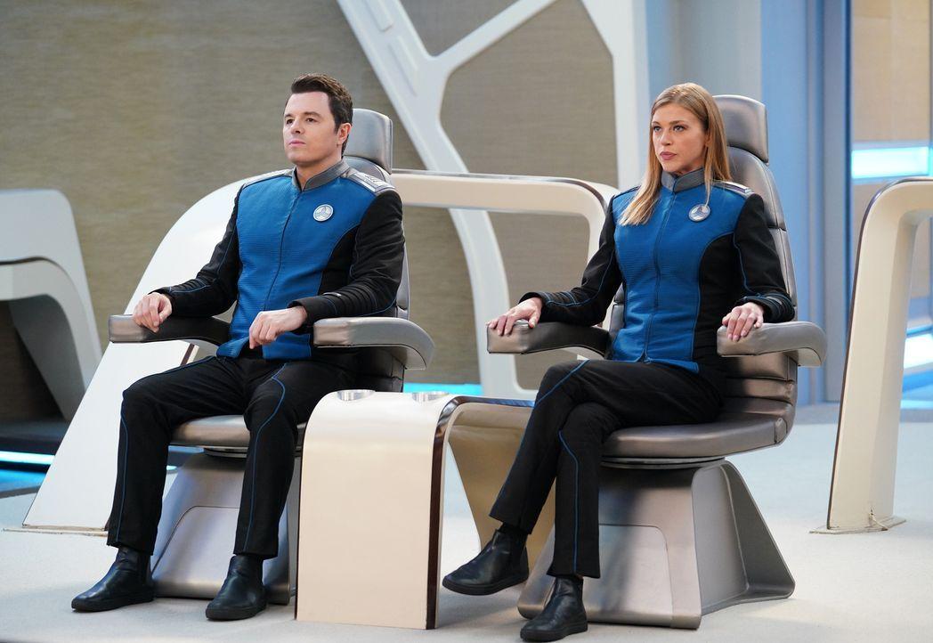 Captain Ed Mercer (Seth MacFarlane, l.); Commander Kelly Grayson (Adrianne Palicki, r.) - Bildquelle: Michael Becker 2019 Twentieth Century Fox Film Corporation.  All rights reserved.