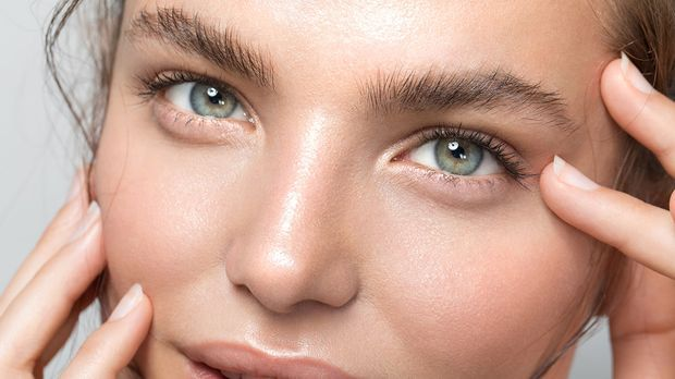 Image02_030821_FeatherBrows_c-GettyImages-svetikd_1200x675px