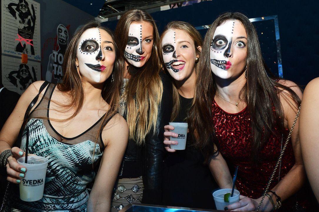 heidi-klum-haunted-holiday-party-12-12-01-04-getty-afpjpg 2100 x 1398 - Bildquelle: getty-AFP