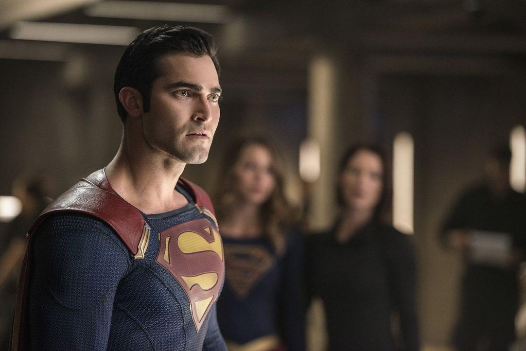 Als Kara alias Supergirl in Gefahr gerät, gibt Clark alias Superman (Tyler Hoechlin) Hank die Schuld daran. Doch ist das wirklich der Fall? - Bildquelle: 2016 Warner Bros. Entertainment, Inc.