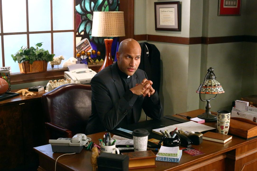 Reverend Deveaux (Keegan-Michael Key) - Bildquelle: Warner Brothers