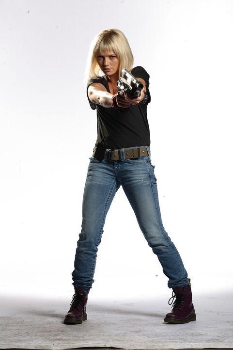 (4. Staffel) - Macht Jagd auf Dinosaurier und andere Urzeitmonster: Abby Maitland (Hannah Spearritt) ... - Bildquelle: ITV Plc