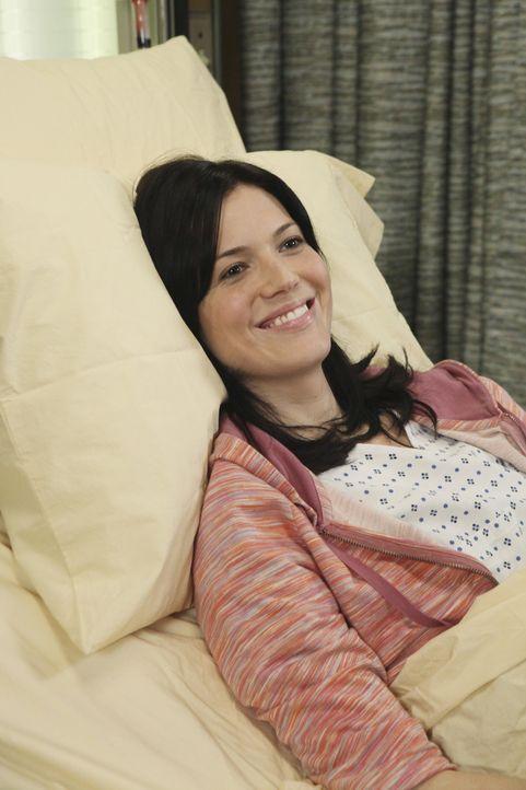 Bailey und Charles behandeln Mary (Mandy Moore), die bald operiert werden soll ... - Bildquelle: Touchstone Television