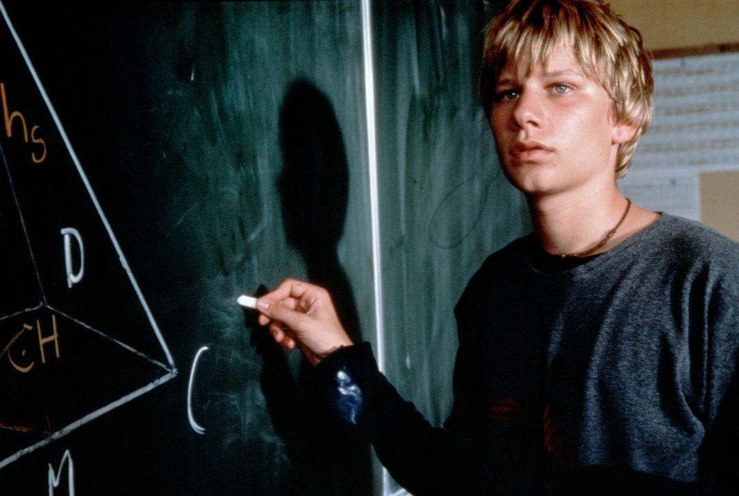 """""""Es gibt nur zwei Sorten von Menschen - die, die Mathe können, und die, die Mathe nicht können"""": Benjamin (Robert Stadlober) gehört zu denen, die... - Bildquelle: Constantin Film"""