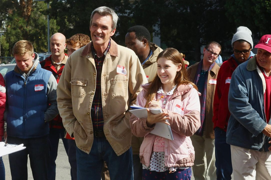 Mike (Neil Flynn, l.); Sue (Eden Sher, r.) - Bildquelle: Warner Brothers