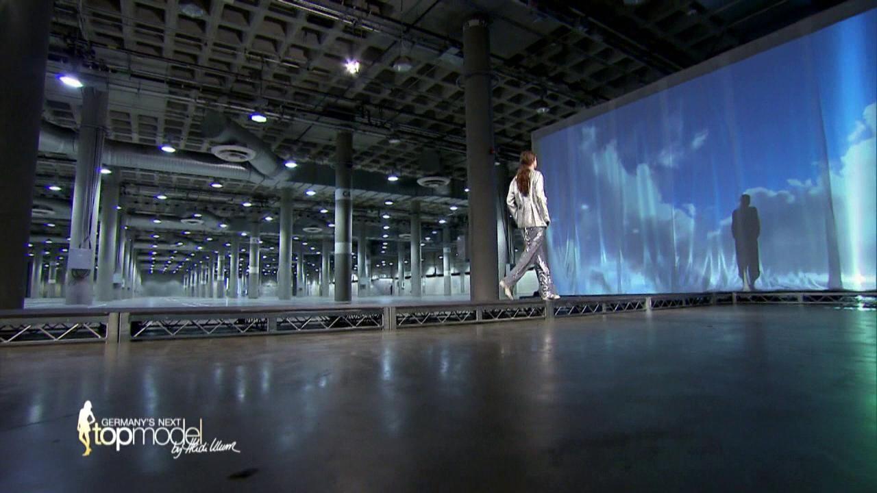 GNTM-10-Sendung06_100 - Bildquelle: ProSieben