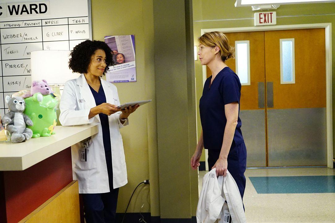 Während Meredith (Ellen Pompeo, r.) darüber nachdenkt, sich wieder auf Dates einzulassen, besteht Andrew darauf, dass er nicht besonders behandelt w... - Bildquelle: Richard Cartwright ABC Studios