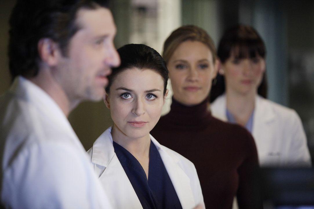 Erica steht vor ihrer großen Operation. Doch wird es Derek (Patrick Dempsey, l.), Lexie (Chyler Leigh, r.) und Amelia (Caterina Scorsone, 2.v.l.) g... - Bildquelle: ABC Studios