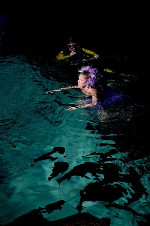 gntm-stf08-epi02-unterwasser-shooting-42-oliver-s-prosiebenjpg 1331 x 2000 - Bildquelle: Oliver S. - ProSieben