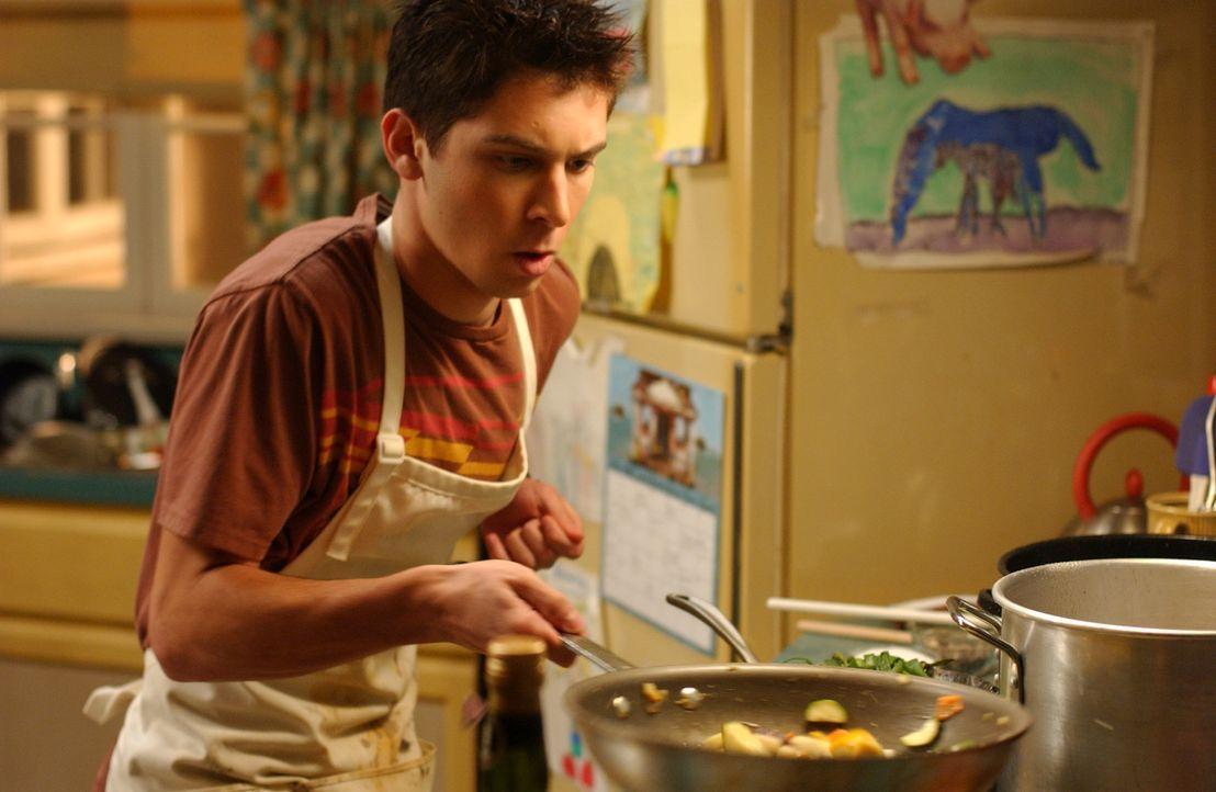 Für Thanksgiving bereitet Reese (Justin Berfield) ein gigantisches Festmahl vor, das die Familie in Staunen versetzt ... - Bildquelle: TM +   2000 Twentieth Century Fox Film Corporation. All Rights Reserved.
