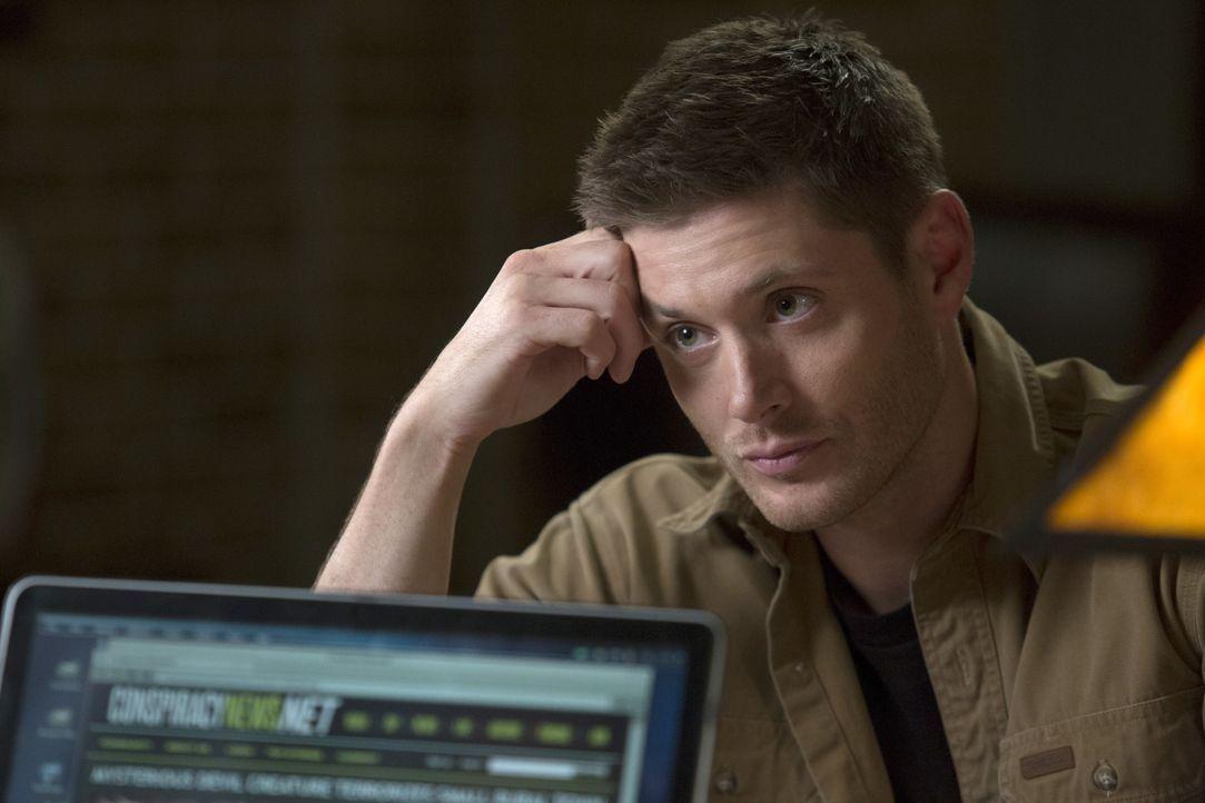 Während Dean (Jensen Ackles) in den Schriften auf der Suche nach Hinweisen zum Kainsmal ist, wittert Jody auf einem Sheriff-Ausflug einen ungewöhnli... - Bildquelle: 2016 Warner Brothers