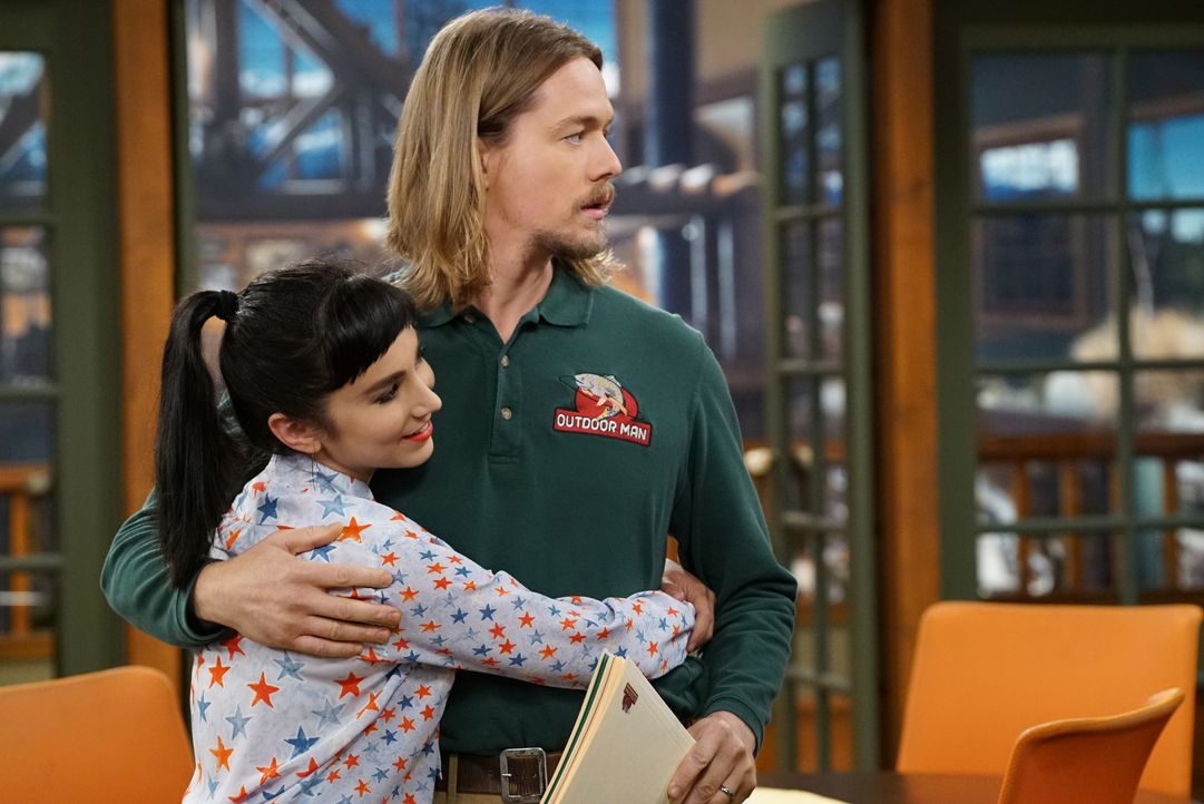 Mandy (Molly Ephraim, l.); Kyle (Christoph Sanders, r.) - Bildquelle: 2016-2017 American Broadcasting Companies. All rights reserved.