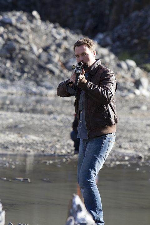Die Zukunft steht vor dem Ende, doch können Matt (Ciaran McMenamin), Abby und Connor noch irgendwas dagegen tun? - Bildquelle: ITV Plc