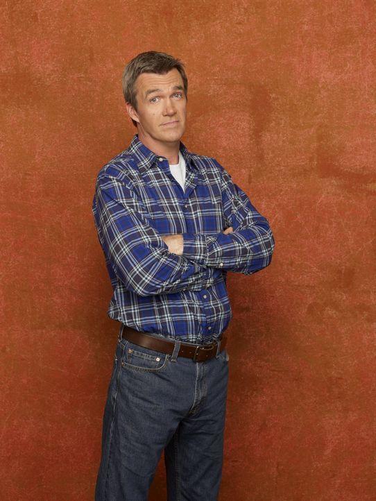 (2. Staffel) - Er ist der ruhende Pol der chaotischen Heck Familie: Mike (Neil Flynn) ... - Bildquelle: Warner Brothers