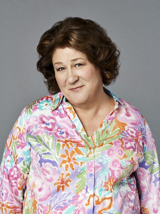 (1. Staffel) - Als sich ihr Mann nach 43 Jahren scheiden lassen möchte, nistet sich Carol (Margo Martindale) kurzerhand bei ihrem Sohn ein und macht... - Bildquelle: 2013 CBS Broadcasting, Inc. All Rights Reserved.