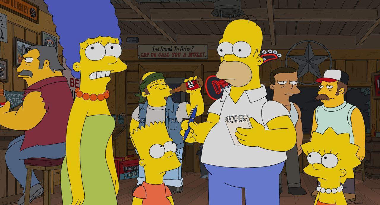 (v.l.n.r.) Marge; Bart; Homer; Lisa - Bildquelle: 2021 by 20th Television.
