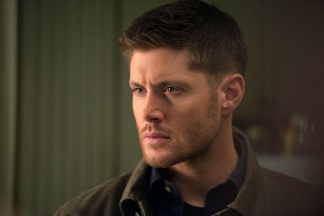 """Dean (Jensen Ackles) ist sich sicher, dass bei dem Rudel Werwölfe auf keinen Fall """"Friede, Freude, Eierkuchen"""" herrschen kann. Wird er Recht behalte... - Bildquelle: 2013 Warner Brothers"""