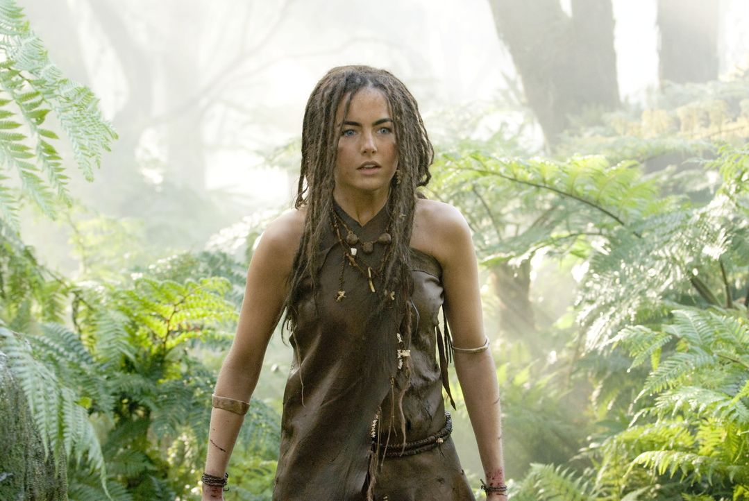 Um Evolet (Camilla Belle) zu befreien, begibt sich D'Leh auf eine abenteuerliche Reise in entlegene Wälder ... - Bildquelle: Warner Brothers