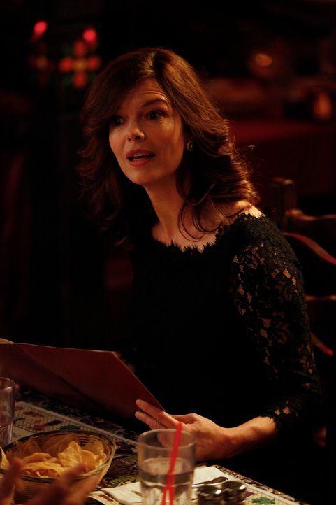 Bei einem gemeinsamen Essen mit Russell und seiner Ex-Frau Ouli (Jeanne Tripplehorn) merkt Jess, dass sie und Russell nicht die gleiche Leidenschaft... - Bildquelle: 20th Century Fox