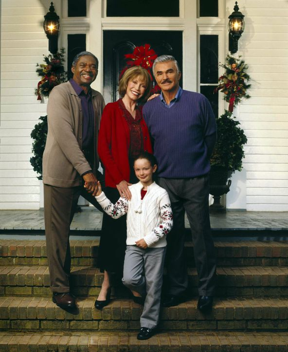 Eine kleine, süße Nervensäge, Travis (Holliston Coleman, vorne), macht alle Menschen ihrer Umgebung glücklich: (v.l.n.r.) Isaiah Griffin (Charles Ro... - Bildquelle: Viacom Productions Inc.