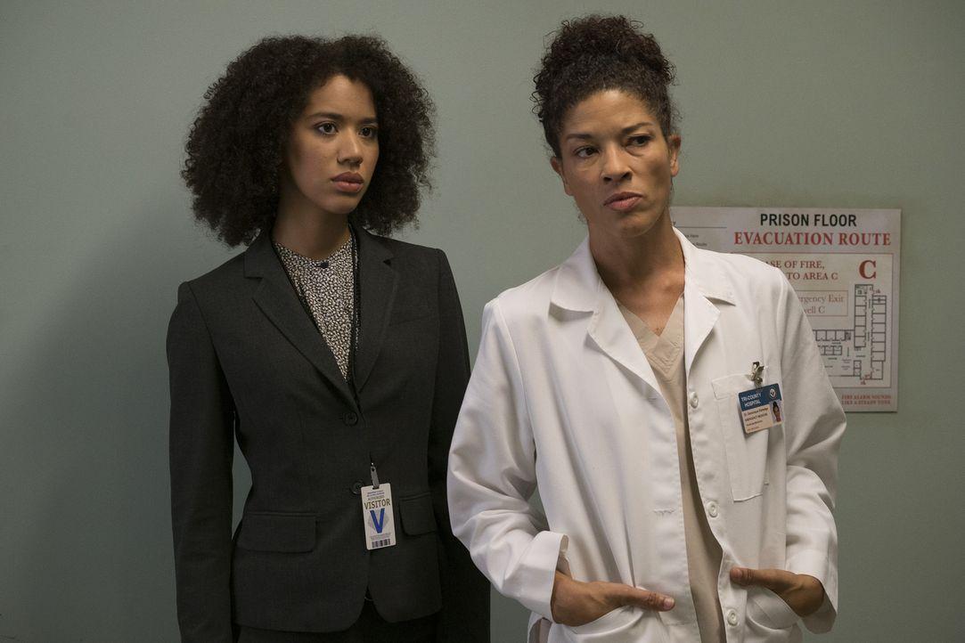 Während Amanda Joseph (Jasmin Savoy Brown, r.) und Dr. Eldredge (Klea Scott, l.) den Ablauf in einem Hochsicherheitsgefängnis kennen, ist es für Bai... - Bildquelle: Byron Cohen 2016 American Broadcasting Companies, Inc. All rights reserved.