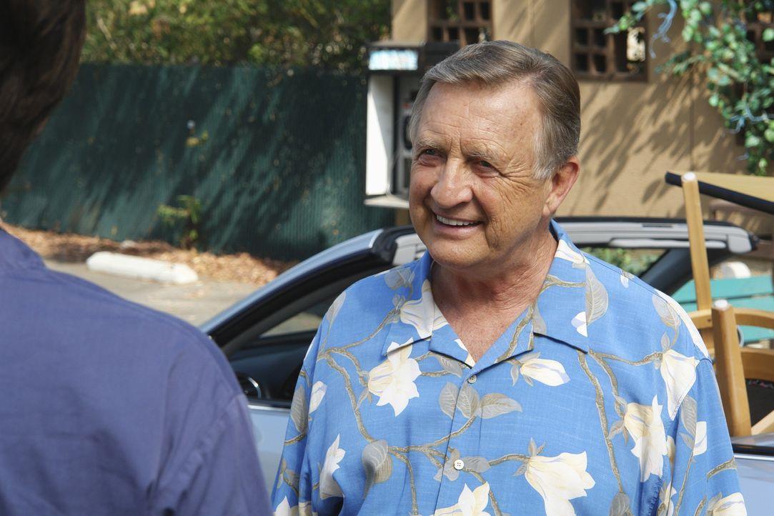 Ein Lebendabschnitt geht zu Ende: Bob Kelso (Ken Jenkins) ... - Bildquelle: Touchstone Television