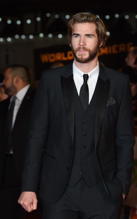 Liam-Hemsworth-14-11-10-dpa - Bildquelle: usage Germany only, Verwendung nur in Deutschland