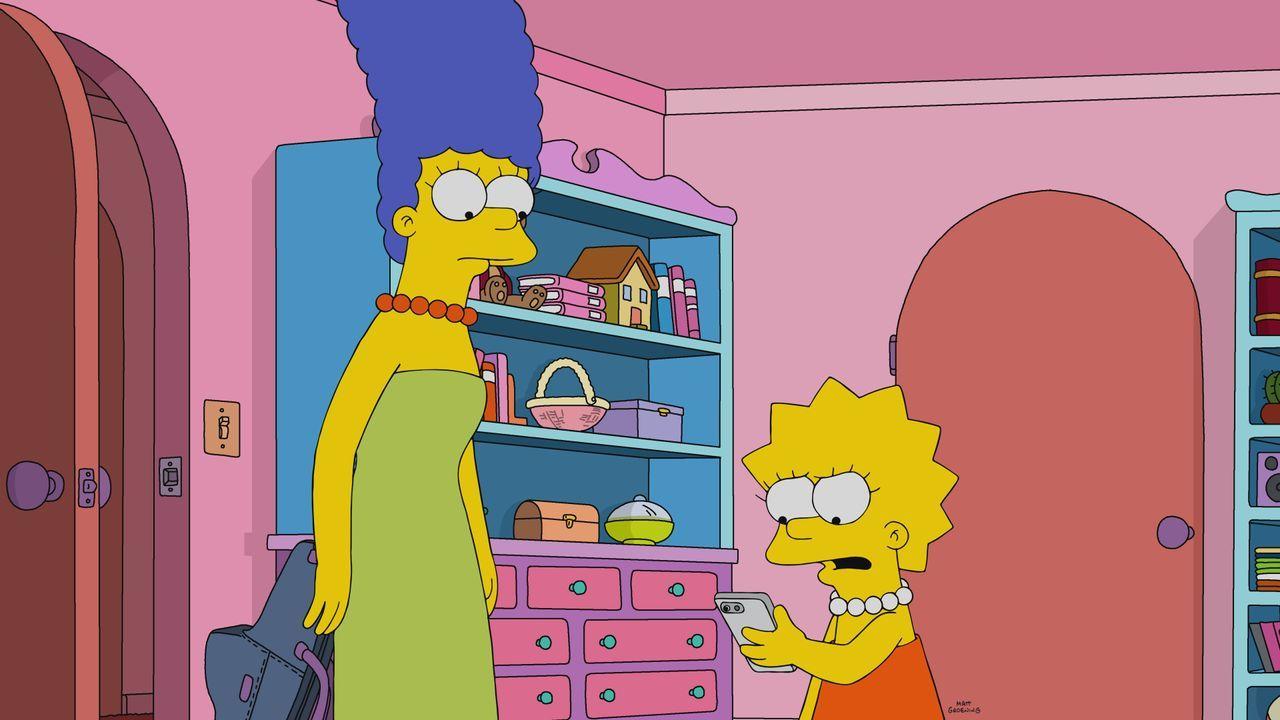 Marge (l.); Lisa (r.) - Bildquelle: 2021 by 20th Television.