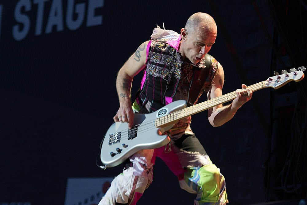 Red Hot Chili Peppers7