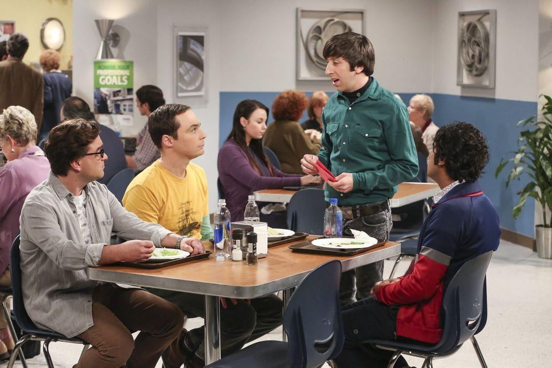 Als Howard (Simon Helberg, 2.v.r.) Leonard (Johnny Galecki, l.) und Sheldon (Jim Parsons, 2.v.l.) zu Halleys Geburtstagsparty einlädt und Raj (Kunal... - Bildquelle: Warner Bros. Television