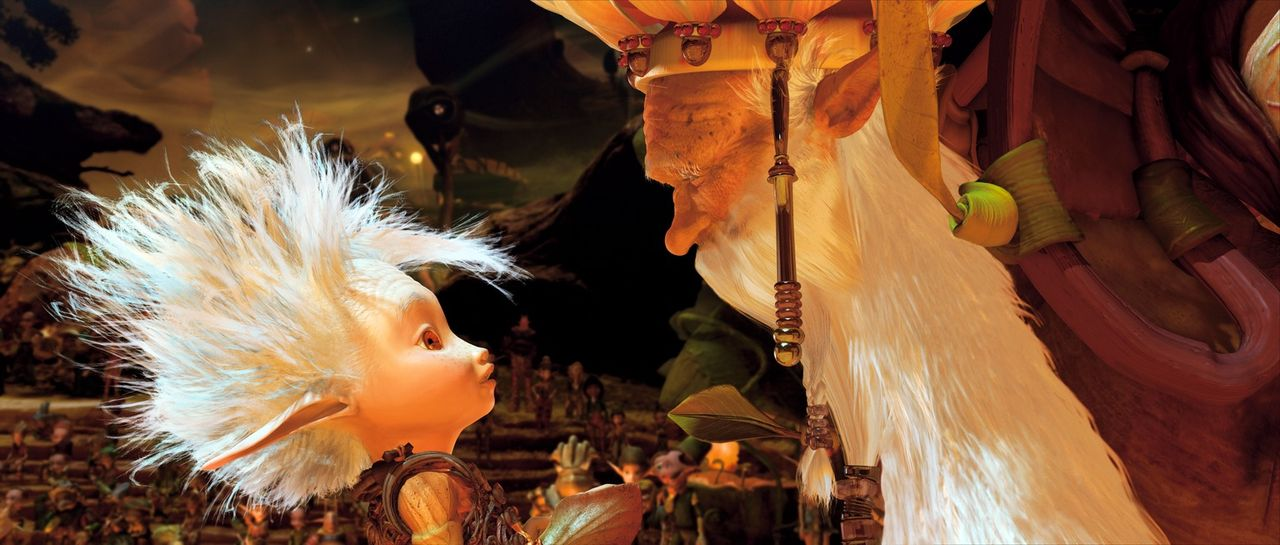 Bei seinem spannenden Abenteuer mit Beta und Selenia lernt Arthur (l.) den König der Minimoys kennen ... - Bildquelle: TOBIS Film