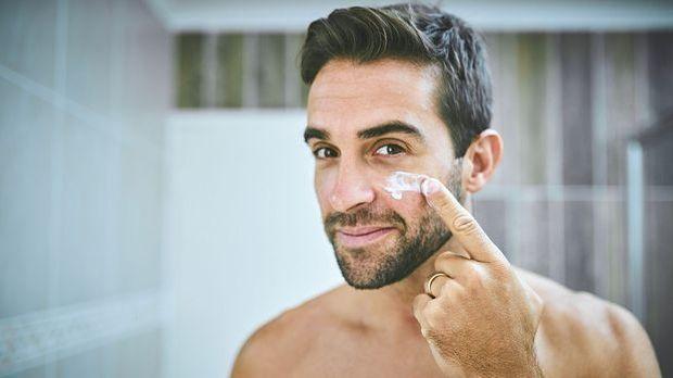 Die Gesichtscreme ist feuchtigkeitsspendend, pflegend und regenerierend.