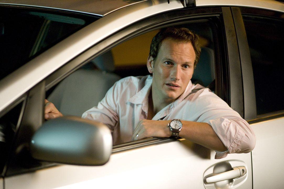 Noch kann Chris (Patrick Wilson) über die Streiche seines Nachbarn lachen ... - Bildquelle: 2007 Screen Gems, Inc. All Rights Reserved.