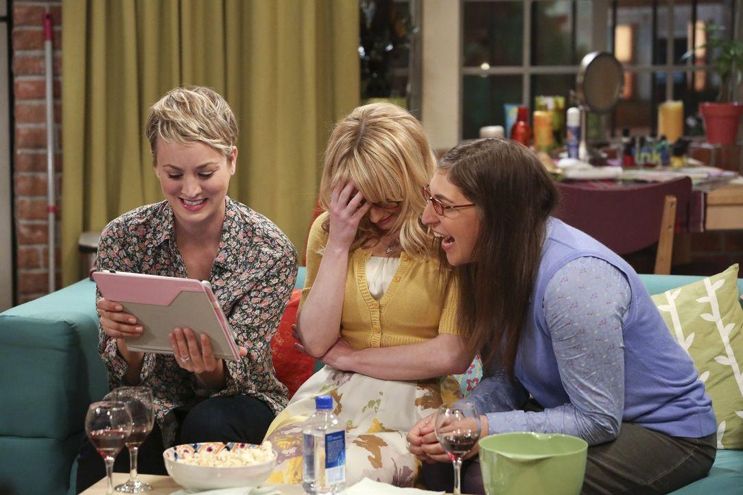 Konfrontieren sich derweil mit peinlichen Momenten ihrer Vergangenheit: Penny (Kaley Cuoco, l.), Bernadette (Melissa Rauch, M.) und Amy (Mayim Biali... - Bildquelle: Warner Bros. Television
