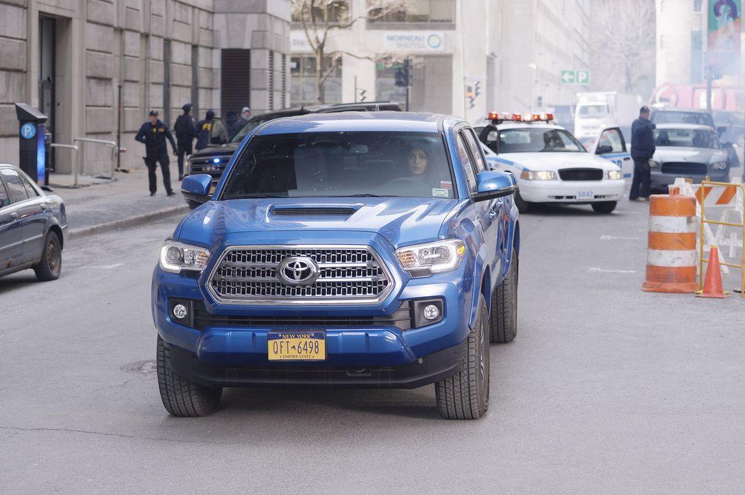 New York steht ein neuer Anschlag bevor. Doch kann Alex (Priyanka Chopra), die mit der Atombombe im Wagen mit unbekanntem Ziel durch die Stadt gelot... - Bildquelle: Philippe Bosse 2016 American Broadcasting Companies, Inc. All rights reserved.