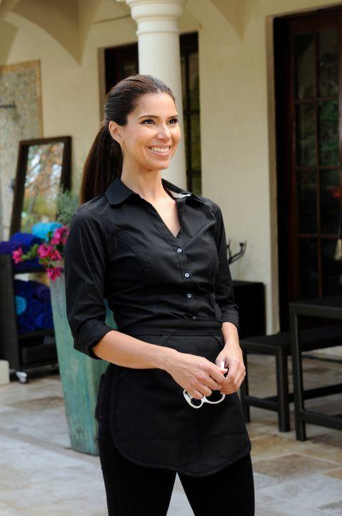 Zoila wird von Valentinas Versuchen, Remi näherzukommen, irritiert und versucht, strenger durchgreifen, während Carmen (Roselyn Sanchez) Sam im Grif... - Bildquelle: ABC Studios