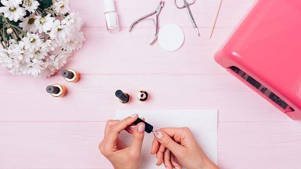 Die wichtigsten Tools für Marble Nails