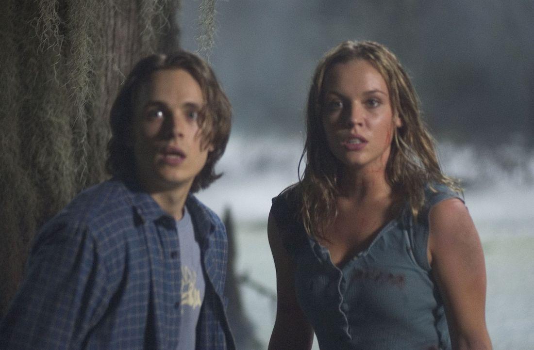 Auf der Suche nach einem Freund, entdecken Eric (Jonathan Jackson, l.) und Eden (Agnes Bruckner, r.) eine dunkle Macht, tödlicher und grausamer, al... - Bildquelle: Miramax Film Corp. All rights reserved.