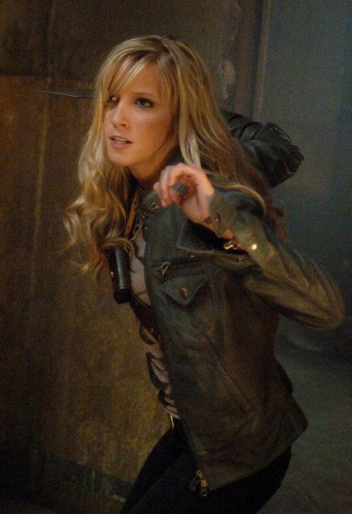 Ein Unglück kommt selten allein: Ruby (Katie Cassidy) ... - Bildquelle: Warner Bros. Television