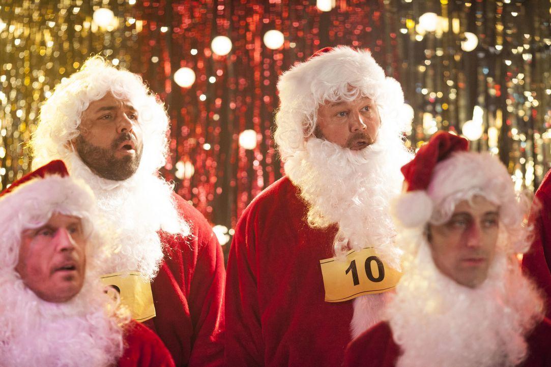 Um Tochter Noel ihren sehnlichsten Weihnachtswunsch zu erfüllen und um den neuen Mann seiner Ex auszustechen, ist sich Vater Larry (Larry the Cable... - Bildquelle: 2014 Twentieth Century Fox Film Corporation. All rights reserved.