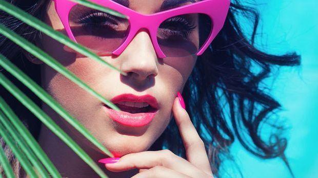 Knalliges Pink und sommerliches Rosa – das sind die Trendfarben für deine Näg...