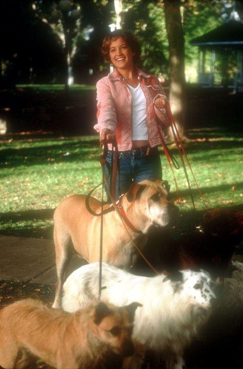 Eines Tages macht die attraktive Naturschützerin Rianna (Colleen Haskell) die Bekanntschaft eines jungen Mannes, der ein ganz besonders inniges Ver... - Bildquelle: 2003 Senator Film