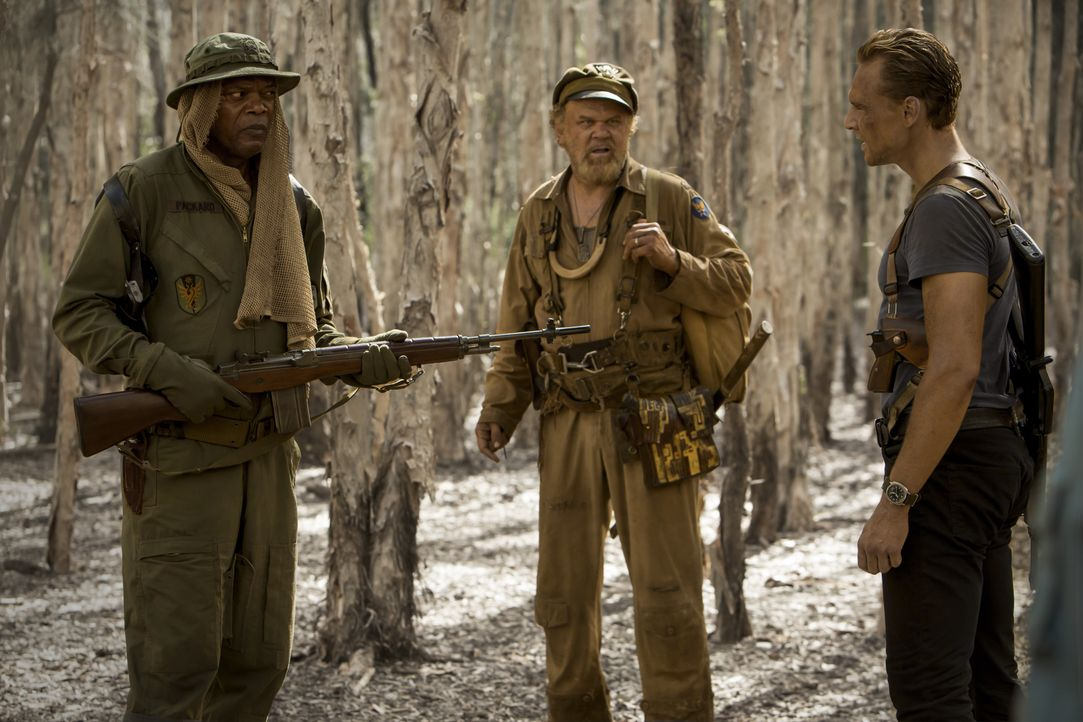 (v.l.n.r.) Preston Packard (Samuel L. Jackson); Hank Marlow (John C. Reilly); James Conrad (Tom Hiddleston) - Bildquelle: Warner Bros.