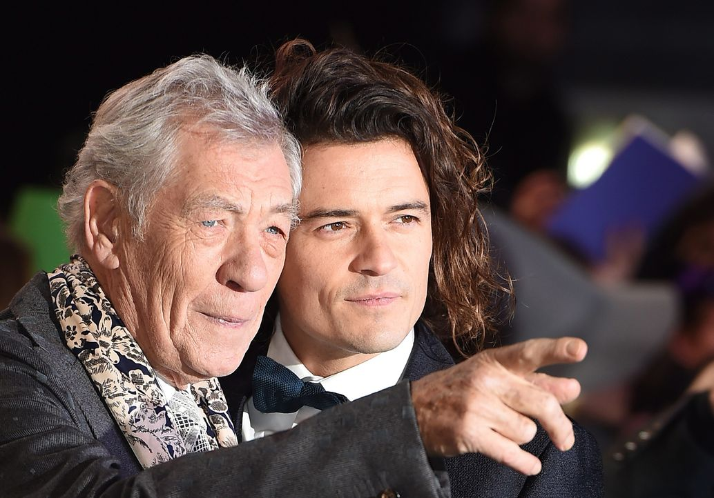 Ian-McKellen-Orlando-Bloom-14-12-01-London-dpa - Bildquelle: dpa